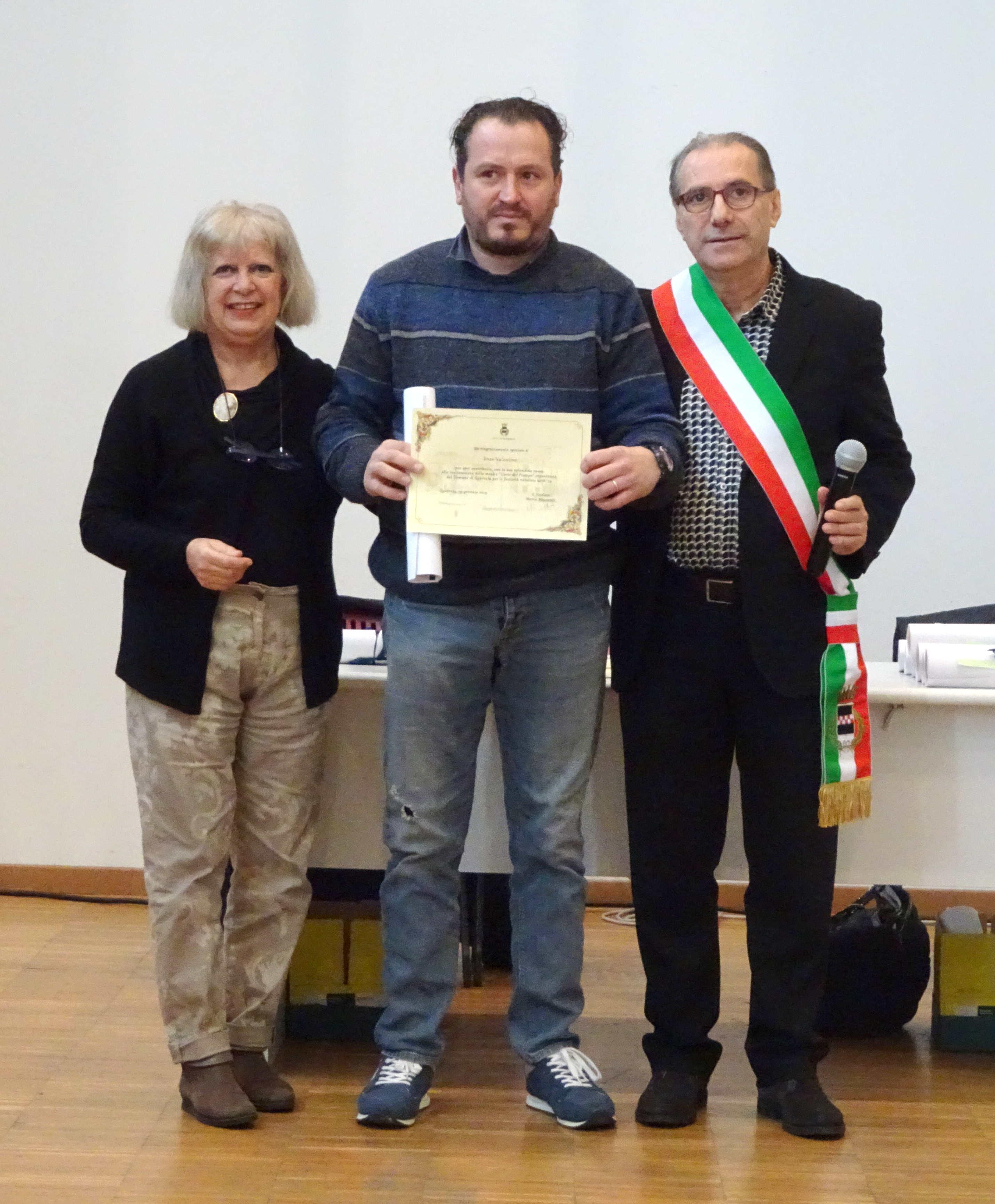 """Enzo Valentino, vincitore della categoria """"Artisti e artigiani"""""""
