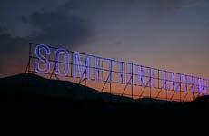 """Something happened"" di Maurizio Nannucci"