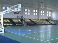 interno del palazzetto dello sport (71.26 KB)
