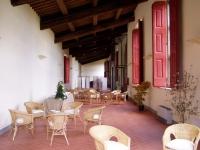 Immagine dell'interno della Limonaia di Villa La Màgia (185.35 KB)