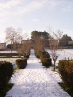 La Màgia innevata - fotografia del vialetto d'antico accesso (216.71 KB)