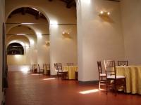 Immagine dell'interno della tinaia di Villa La Màgia (156.47 KB)