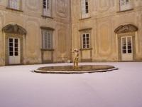 La Màgia innevata - fotografia del cortile interno (157.4 KB)